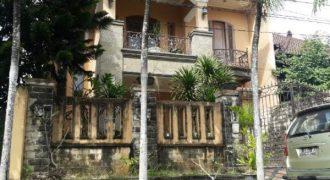 House At Tukad Musi Denpasar